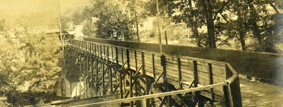 lp footbridge c1900